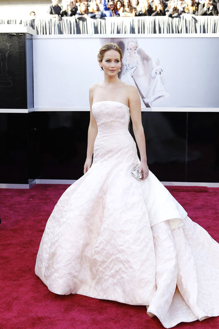 Est Magazine | Jennifer Lawrence in Dior Haute Couture