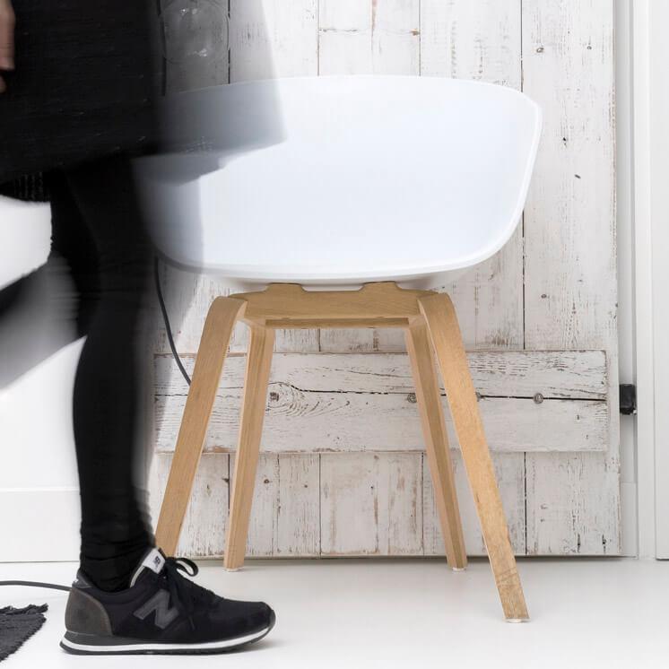 About A Chair Hee Welling HAY Cult PHOTO Marjon Hoogervorst Est Magazine