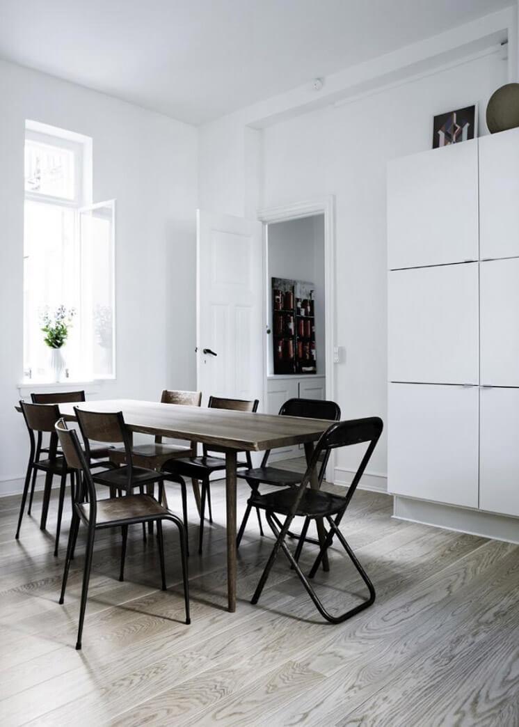 Dining Table | Yvonne Kone Home | © Line Klein for Elle Decoration | Est Magazine