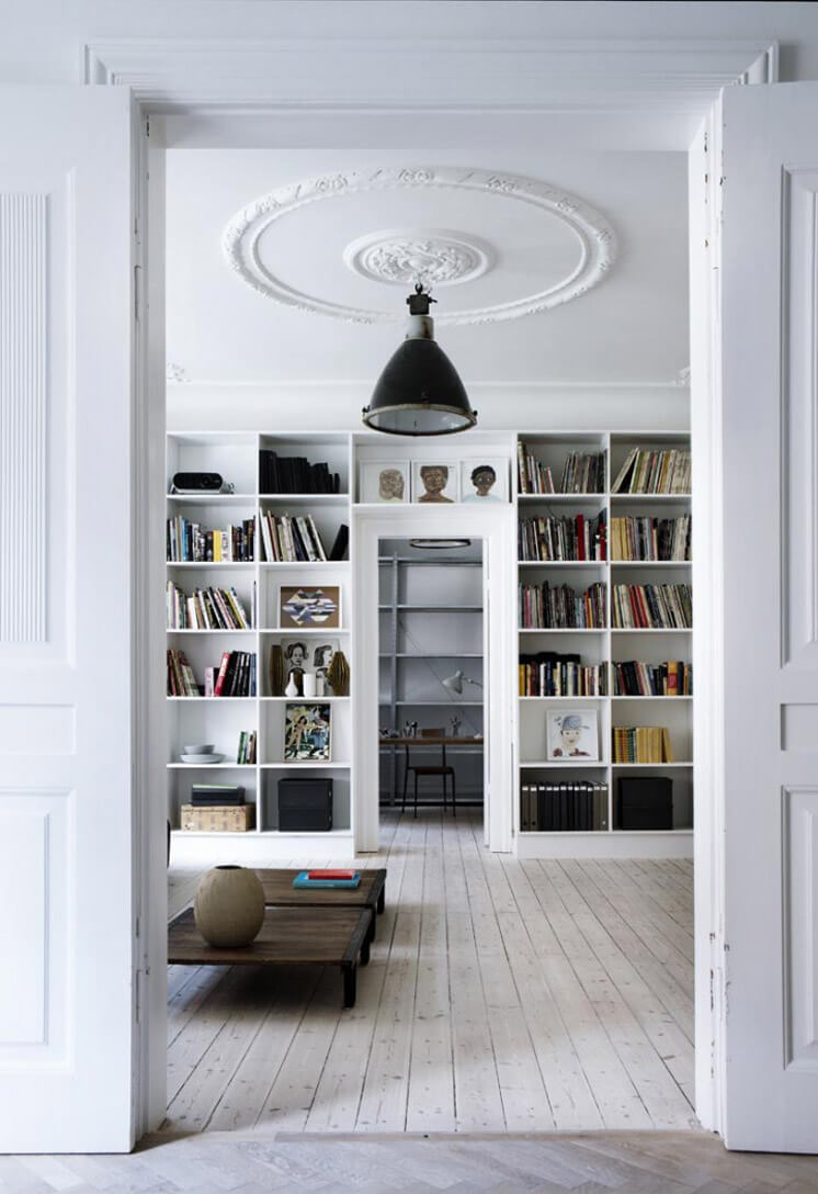 Library | Yvonne Kone Home | © Line Klein for Elle Decoration | Est Magazine