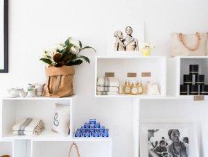 Shop Girl | Girl and Graaf