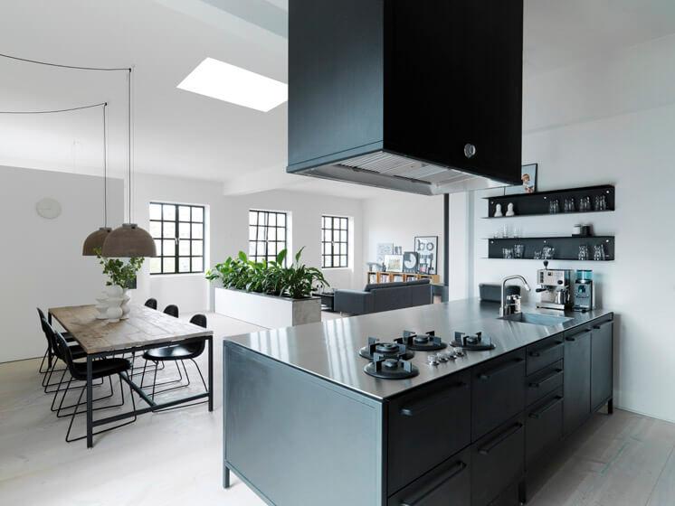 Vipp | Copenhagen Apartment Morten Bo Jensen | © Anders Hviid Haglund | Est Magazine