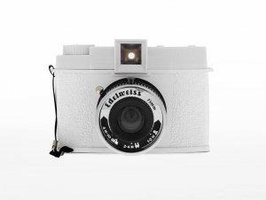 Giveaway | Lomography Camera