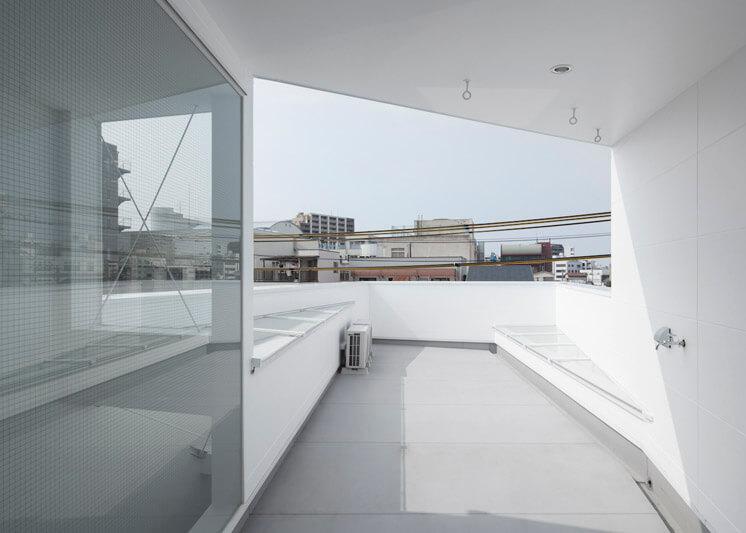 House in Tamatsu Kenji Architectural Studio | © Yohei Sasakura04 | Est Magazine