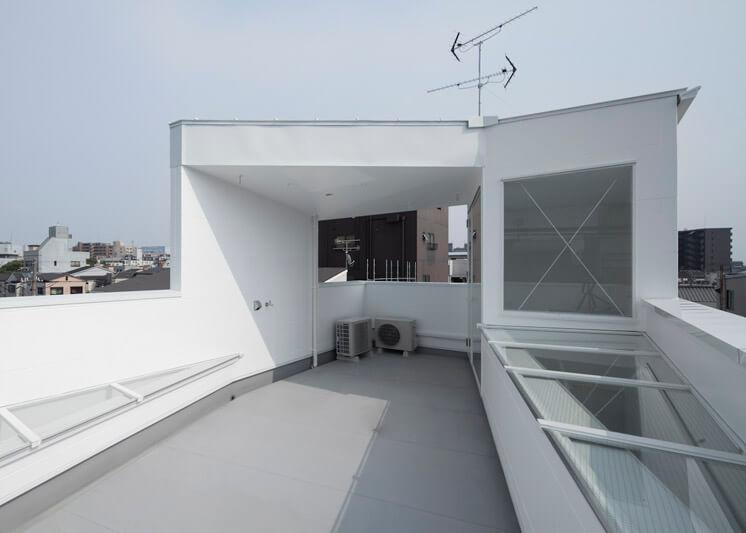 House in Tamatsu Kenji Architectural Studio | © Yohei Sasakura05 | Est Magazine