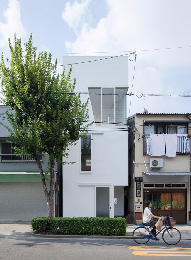 House in Tamatsu Kenji Architectural Studio | © Yohei Sasakura08 | Est Magazine