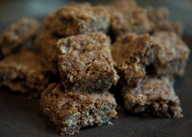 Glutton For Life | Spicy Shorties American version of ANZAC biscuits | Est Magazine