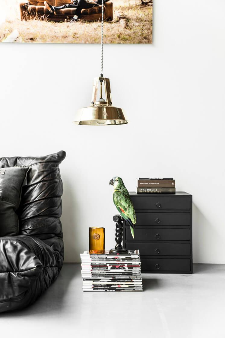 Industrial Pendant Lamp | HK Living | © Paulina Arcklin | Est Magazine