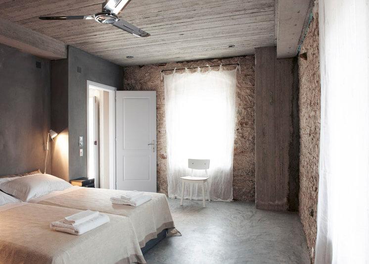 Bedroom Villa Kalos Ithica Greece | © Robbert Koene | Est Magazine