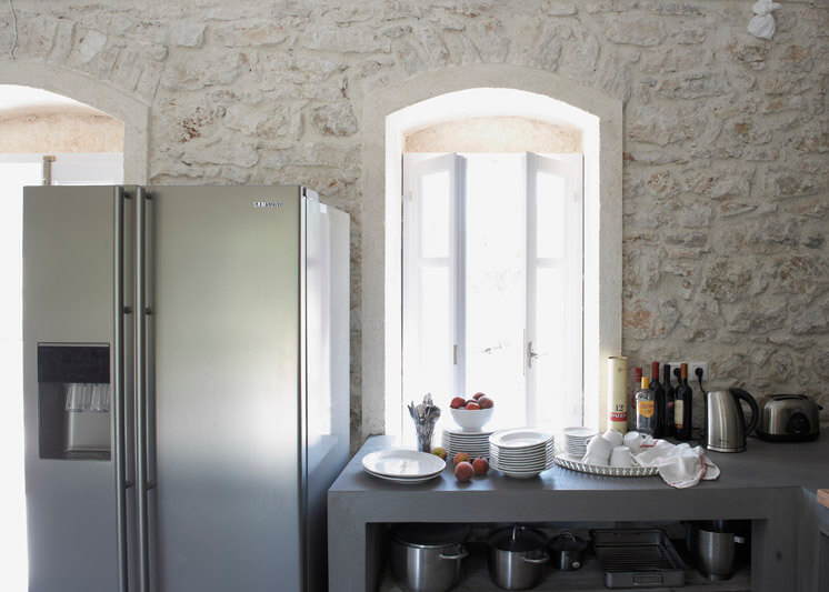 Kitchen Detail Villa Kalos Ithica Greece | © Robbert Koene | Est Magazine