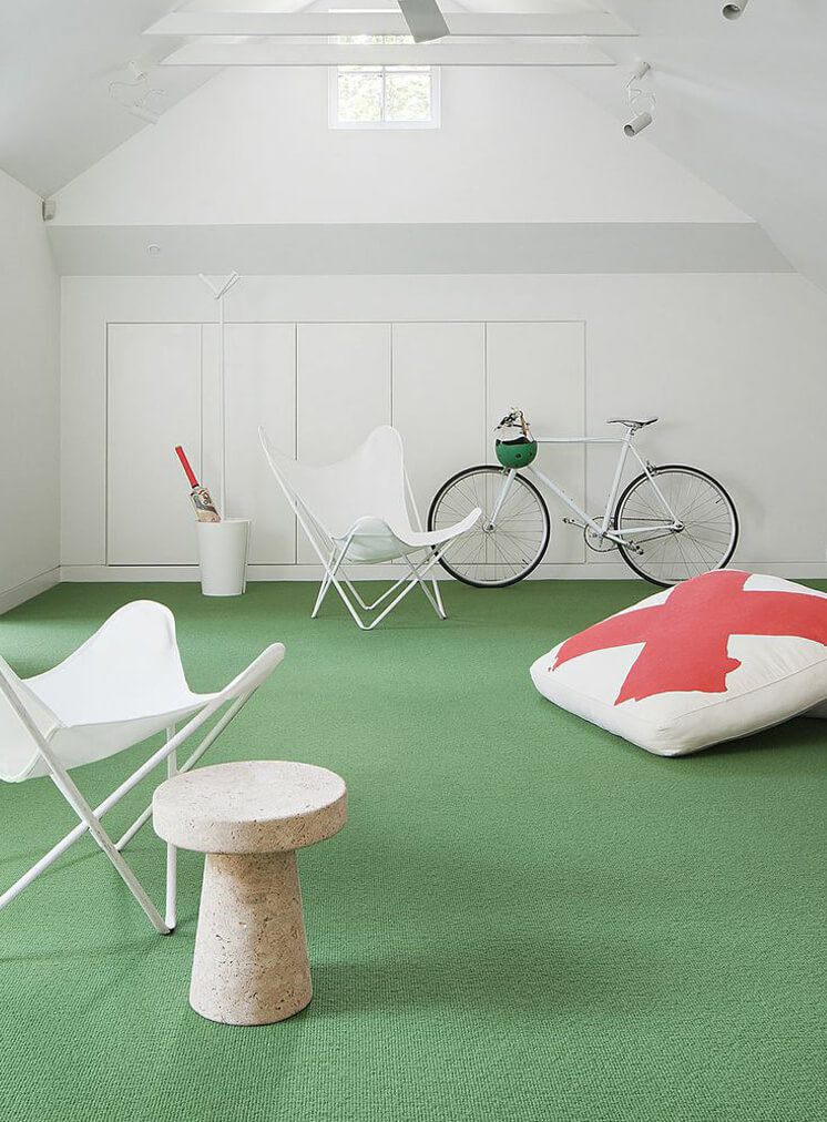 W21 Shannon Mc Grath green carpet bike 746x5332