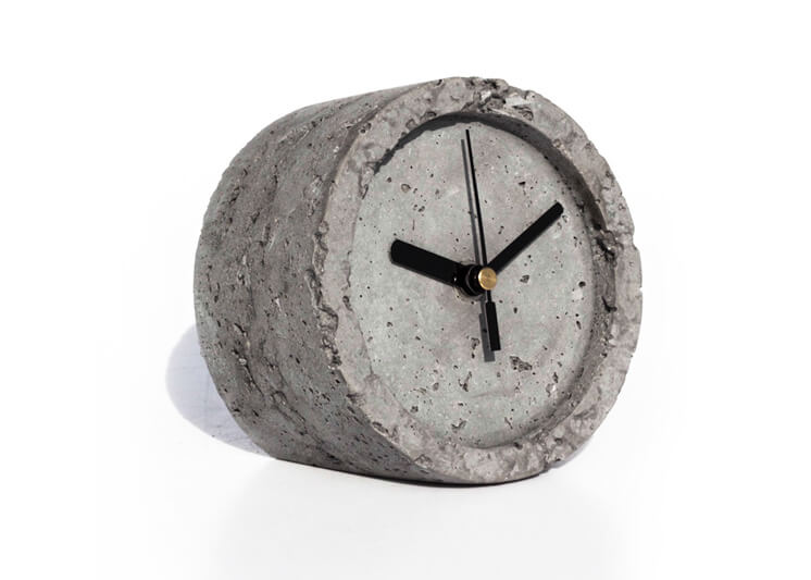 est-magazine-slab-concrete-clock