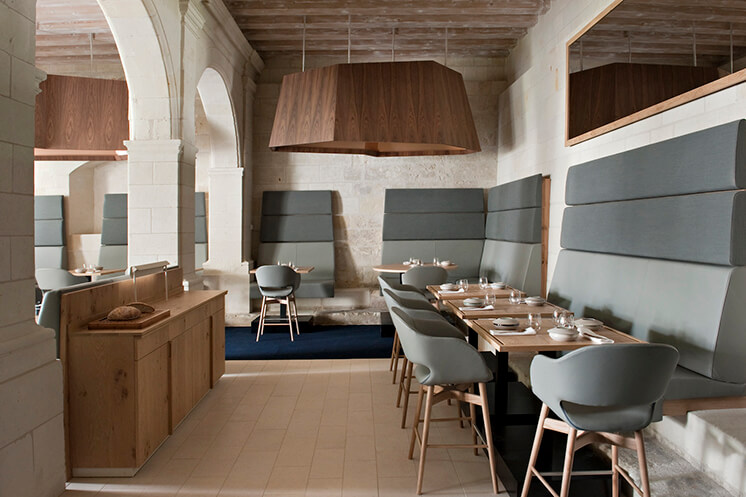 Est-Magazine-Abbaye-de-Fontevraud-dining-Nicolas-Matheus-02