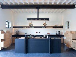 Kitchen: Chateau de la Resle | France