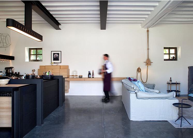 Est Magazine Chateau de la Resle Kitchen Lounge