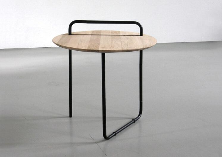 Est-Magazine-Clip-Table-Jan-Kochanski