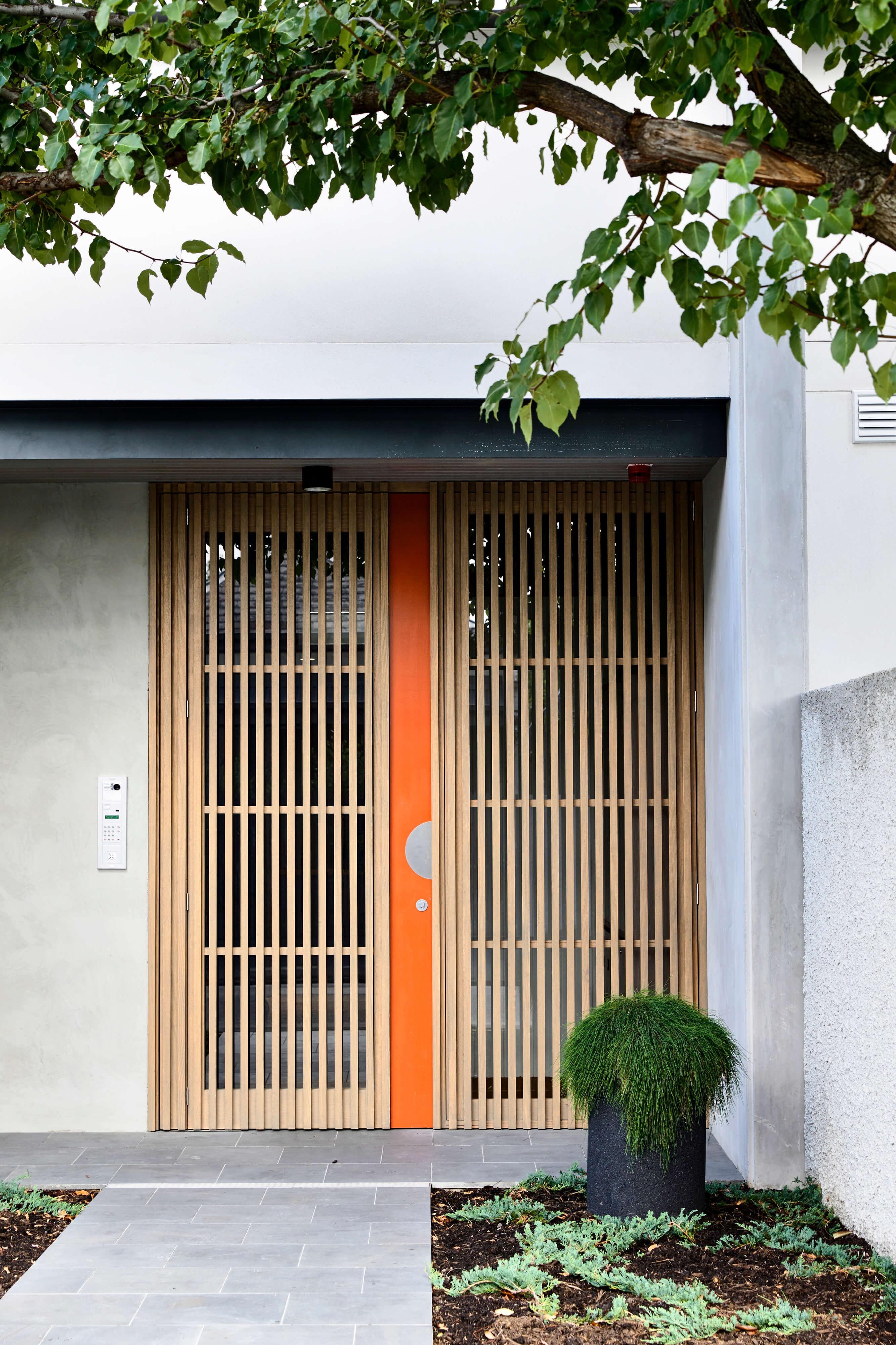 Est-Living-Neometro-Brookville-Door