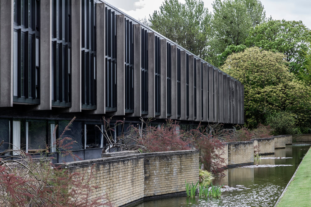 Arne Jacobsen Oxford College Est Living Ext