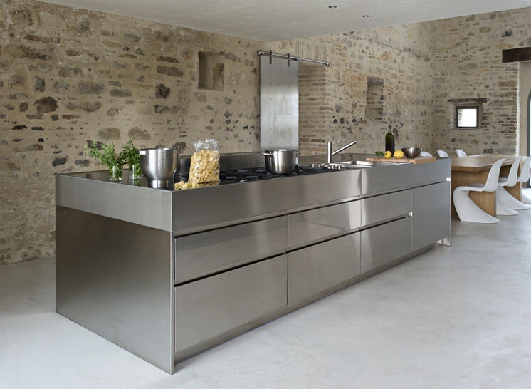 Est-Living-Villa-Olivi-Italy-Kitchen
