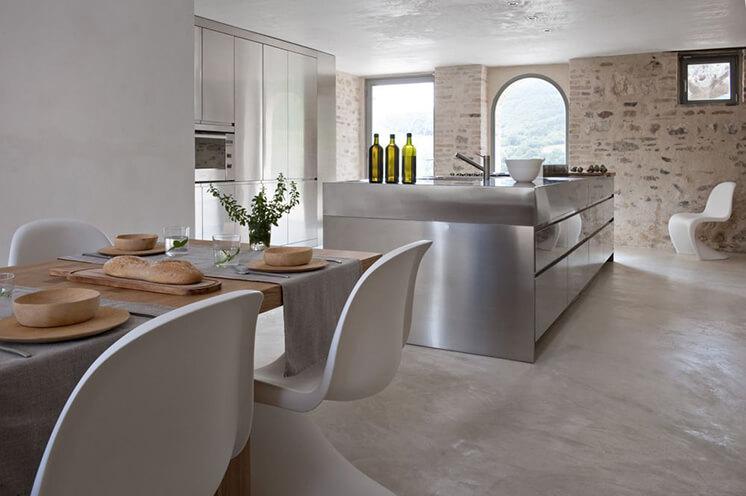 Est-Living-Villa-Olivi-Italy-Kitchen2