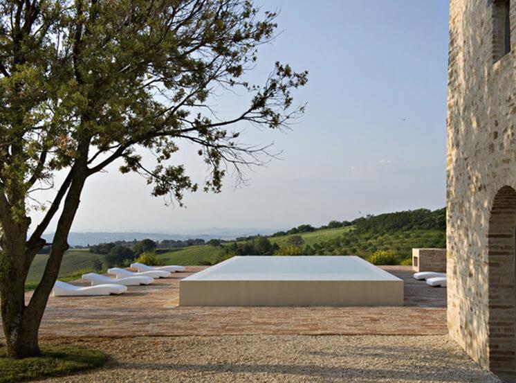 Est-Living-Villa-Olivi-Italy-Pool1