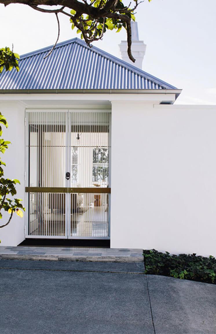 Harbour-Edge-House-Fearon-Hay-Simon-Wilson-Est-Living-Exterior