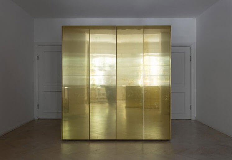 Richard-Lindvall---Gold-&-Grey-Apartment-est-living07