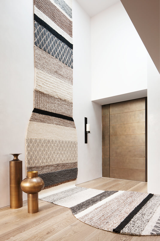 South-Yarra-Rob-Mills-Est-Living-Foyer.01