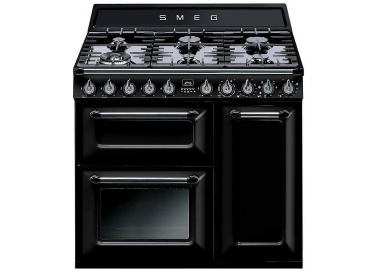 Smeg-Victorian-Oven-Est-Living-DD