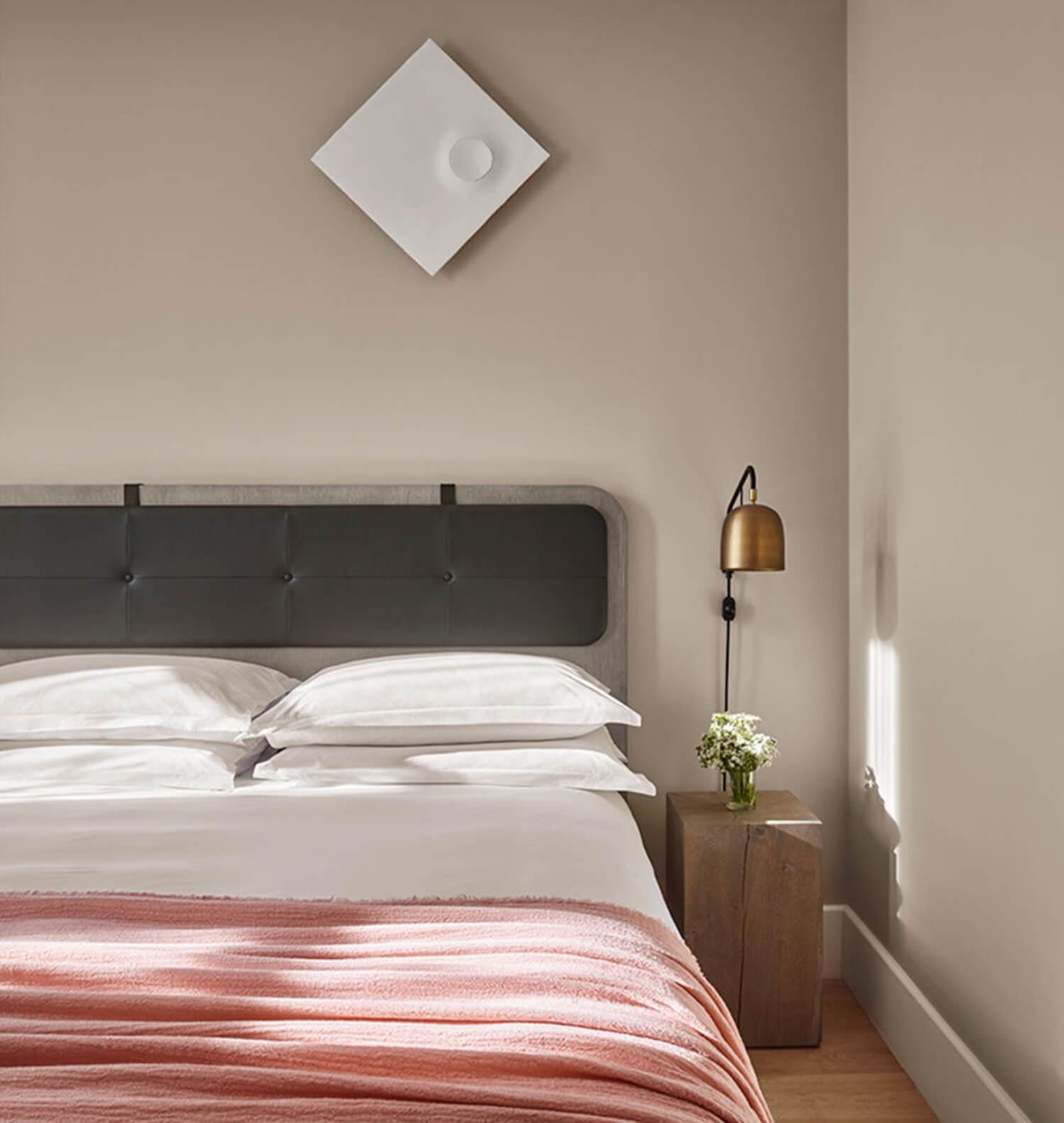 Est-Living-11-Howard-Soho-NYC-Room