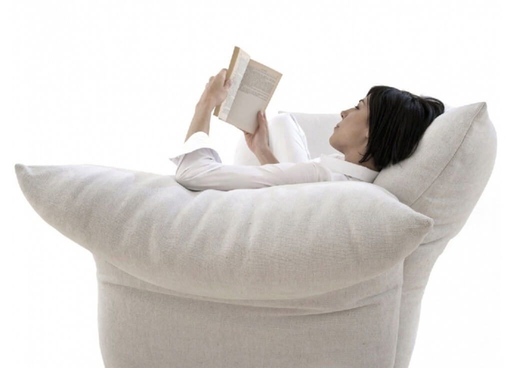Est-Living-Edra-Standard-Sofa-Space.01