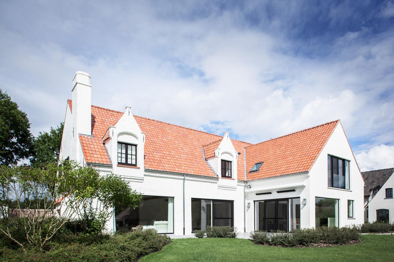 Est-Living-Elbeko-White-House-Belgium-Ext