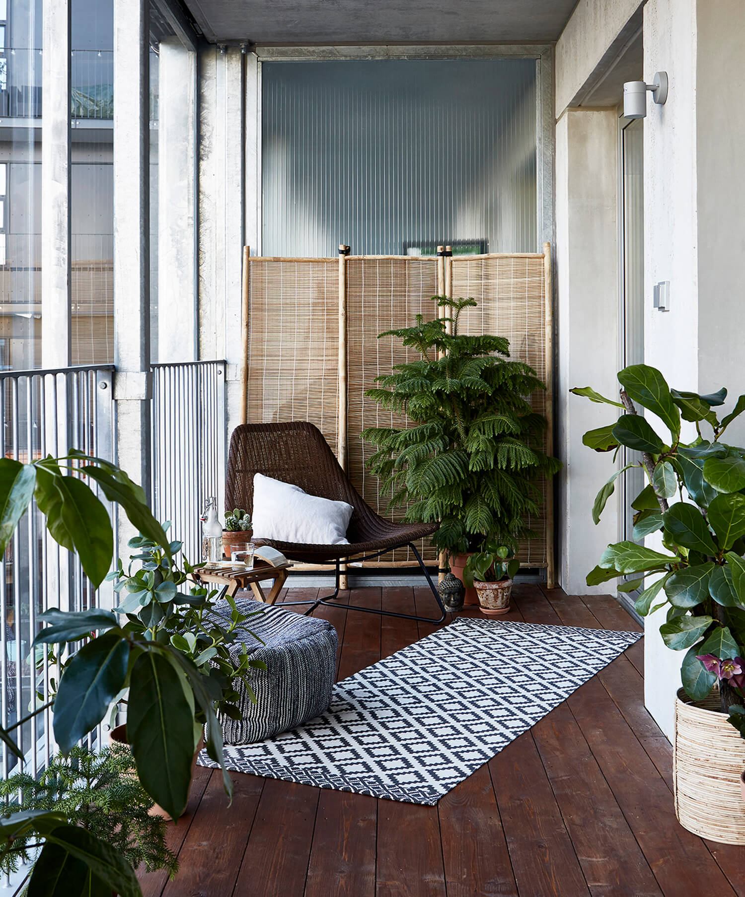 Est-Living-Open-House-Balcony