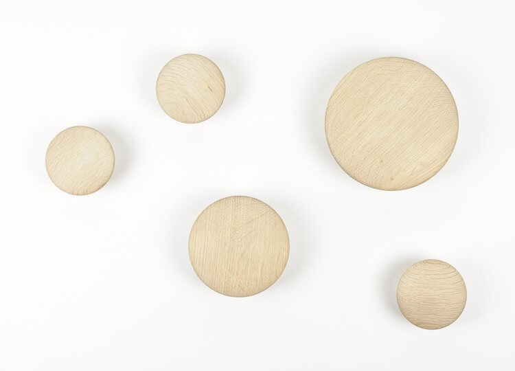 est-living-muuto-dots-oak-hooks