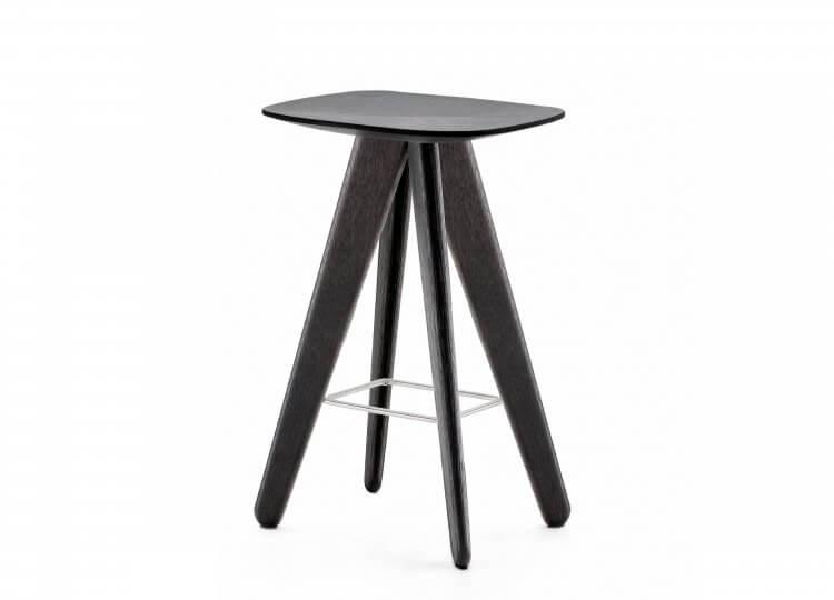 est living poliform ipsilon stool 01 750x540