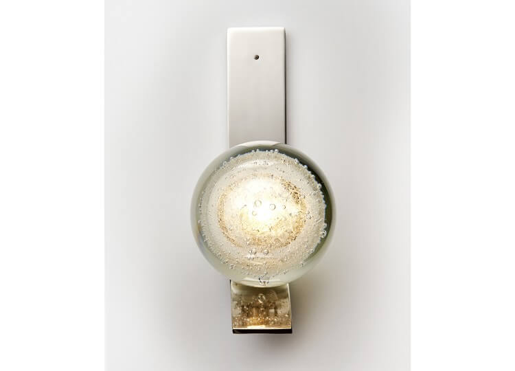 est-living-articolo-architectural-lighting-fizi-ball-wall-sconce