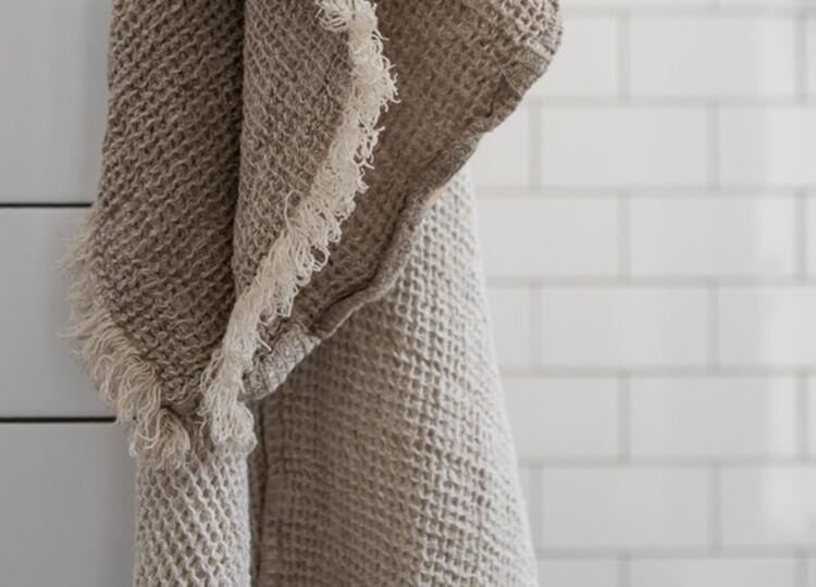 est living design directory hale mercantile linen waffle bath towel fysk 1 1 750x540