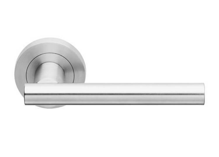 est living design directory ema en rounde handle designer doorware 750x540