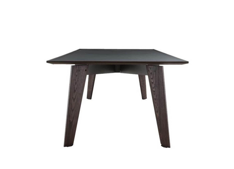 est living design directory howard table poliform.01