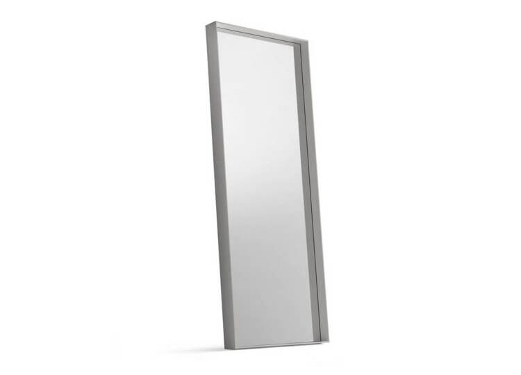 est living design directory sara mirror poliform.02 750x540
