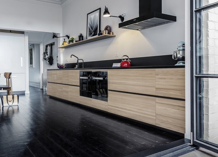 est living langdon house rogerseller kitchen.02 750x540