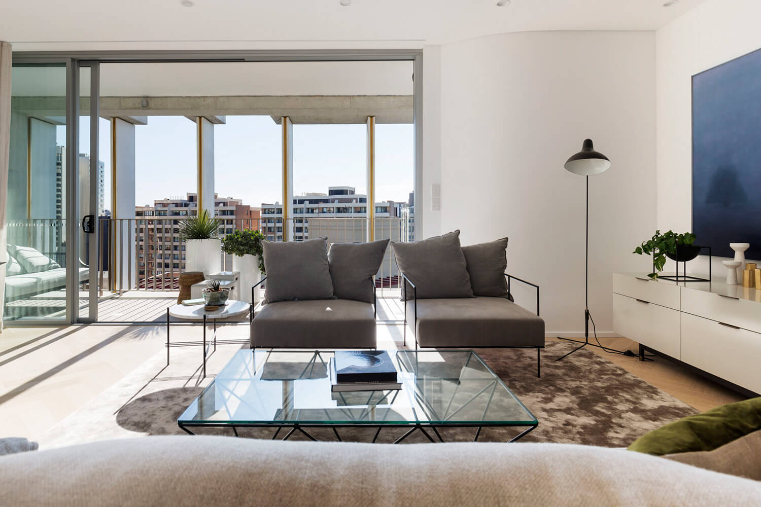 est living open house surry hills roof top apartment bresic whitney.16