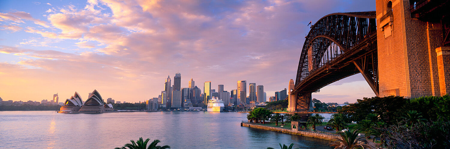 est-living-48-hours-in-sydney-travel-itenary-sunset-cruise