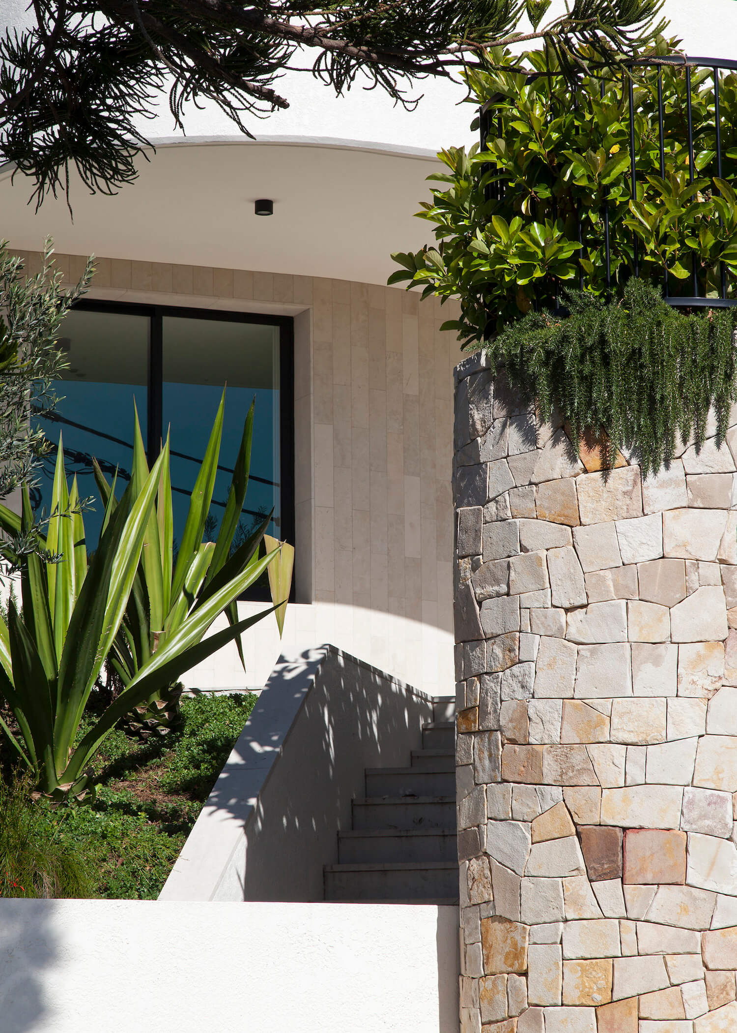 est living interiors tamarama house 4