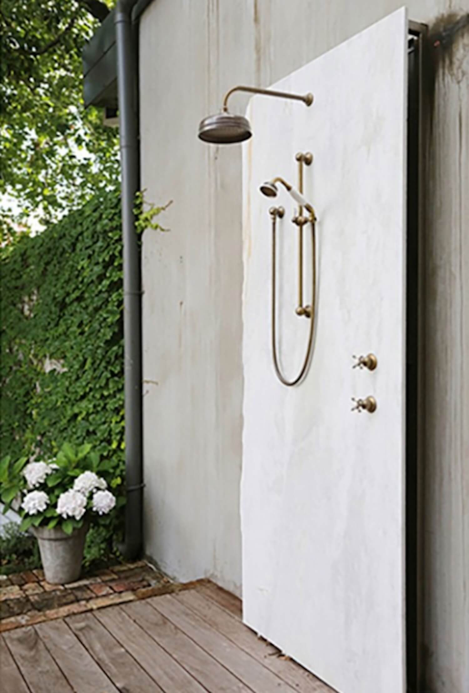 The est edit | Outdoor Showers | English Tapware