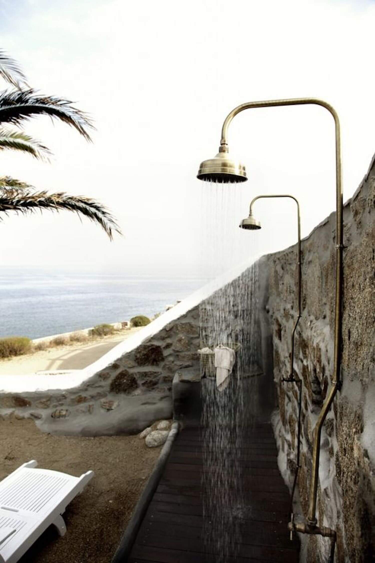 est living outdoor showers san giorgio mykonos
