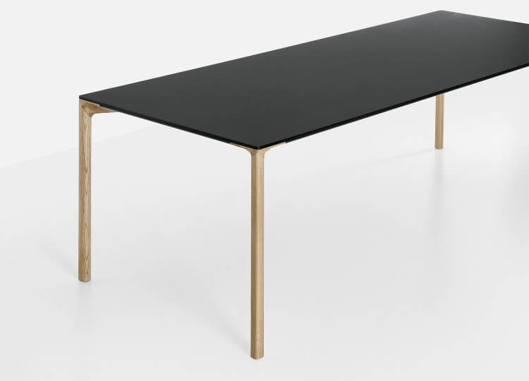 est living design directory fanuli bioacca dining table 3 750x540