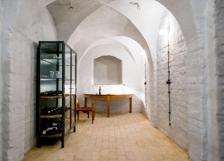 est living interiors berlin summer house loft kolasinkina 10