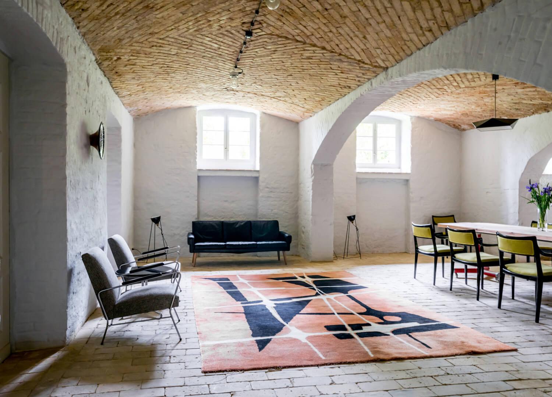 est living interiors berlin summer house loft kolasinkina 13