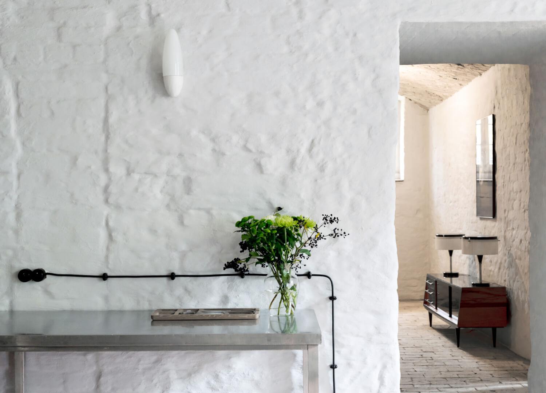 est living interiors berlin summer house loft kolasinkina 5